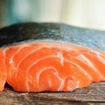 老眼に紅鮭のゴマ油焼きの作り方レシピ!こんな私は何を食べればいいですか?